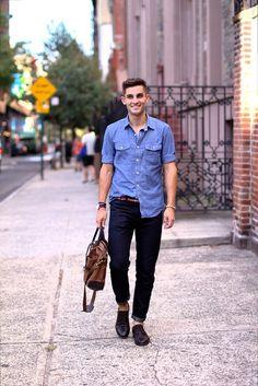 Men's street style 101: Light denim on dark denim - extra points for bare ankles!  #streetstyle