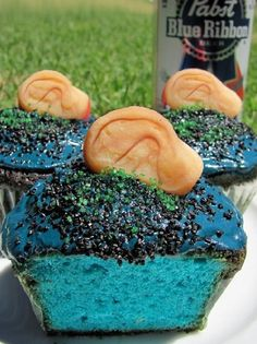 David Lynch baked goods: 'Blue Velvet Cupcakes'