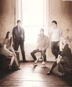 Bonnie Wright, James and Oliver Phelps, Matthew Lewis, Evanna Lynch