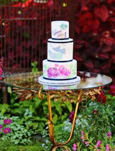 Hand painted garden inspired cake