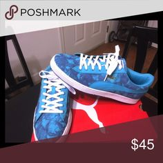 92f5c13951a8f3 Shop Men s Puma Blue size 11 Sneakers at a discounted price at Poshmark.  Description  Light blue puma shoes with design.
