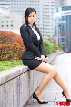 office lady at DuckDuckGo Japanese Office Lady, Japanese Girl, Suits For Women, Blouses For Women, Sexy Women, Japan Fashion, Work Fashion, Asian Woman, Asian Girl