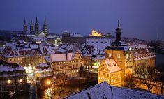 Bamberg, Alemania. El magnífico centro de la ciudad de Bamberg es considerado patrimonio de la humanidad, con el asentamiento que data de 902 dC. Esta ciudad medieval muy bien conservada y con sus calles empedradas se convierte en una delicia para pasear durante el invierno.