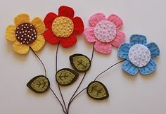 Felt flower magnets and garland.