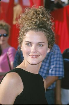 Pin for Later: The Most '90s-tastic Moments From the MTV Movie Awards Keri Russell had curly hair. Felicity star Keri Russell attended the 1999 MTV Movie Awards back when she still rocked curls.