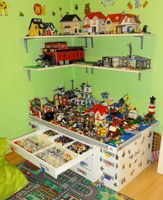 Lego Schrank