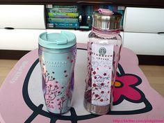 A Starbucks tumbler / water bottle. 2010 Sakura Edition from Japan. Copo Starbucks, Starbucks City Mugs, Starbucks Christmas, Starbucks Tumbler, I Love Coffee, My Coffee, Coffee Cups, Coffee Art, Cute Cups