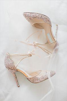 #weddingshoes #weddingheels #sparkle #glitter @weddingchicks