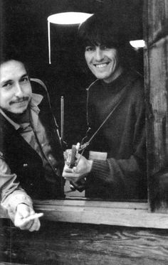 ♡♥Bob with George Harrison relax and smoke a joint of weed in Woodstock,NY at Dylan's farm - click on pic to see a larger pic♥♡