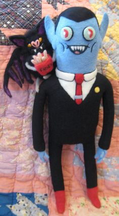 My needle felted Hunson Abadeer with his sweet daughter, in her bat form, Marceline. My Needle Felted Hunson Abadeer and Batceline Adventure Time Plush, Jake The Dogs, Hello Kitty Birthday, Kawaii Plush, Marceline, Felt Hearts, Handmade Felt, Felt Toys, Plush Dolls