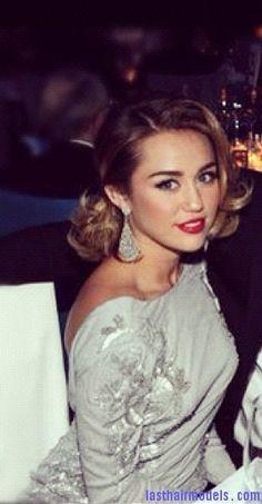 miley cyrus oscars Miley Cyrus shoulder length bob hairdo: Lady in panache!!
