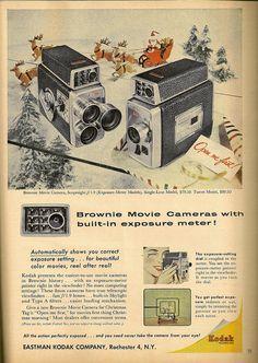 Por analogía con su popular cámara de fotos Kodak también bautizó como Brownie a una linea de cámaras de cine de manejo sencillo. La publicidad de estos modelos resalta que llevan fotómetro incorporado. Una de las cámaras es de focal fija uno y la otra tiene tres objetivos montados en torreta como las cámaras de televisión antes de la invención del objetivo zoom.