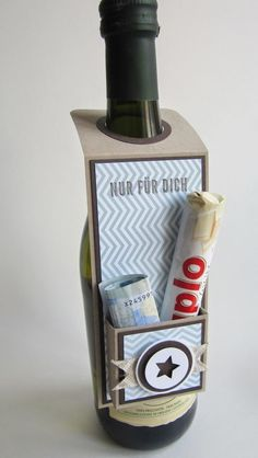 paperqueen: Flaschenanhänger mit Geld-/Schokifach!