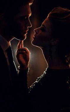 "Create meme ""dilbaitis (gifs love and passion romantic, couple love , a couple of books)"" Pre Wedding Photoshoot, Wedding Poses, Wedding Shoot, Wedding Engagement, Couple Photography, Portrait Photography, Wedding Photography, Couple Pictures, Wedding Pictures"