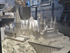 Hogwart's white card model