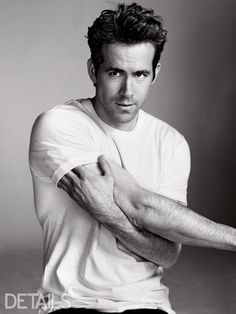 31 Drop-Dead Sexy Ryan Reynolds Snaps That Will Make You Feel Faint