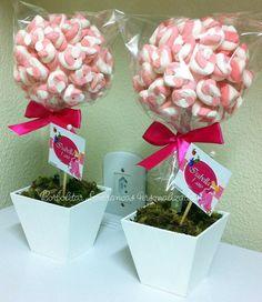 topiaria-de-marshmallow-aurora-topiaria-centro-de-mesa-balas-arvore