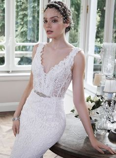 Large View of the Pierce Bridal Gown