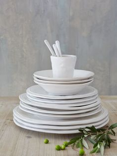 Nordic Plates - White - Nordic House