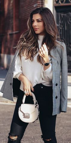 #winter #outfits gray button-up long-sleeved shirt. Pic by @lillianbabaian.