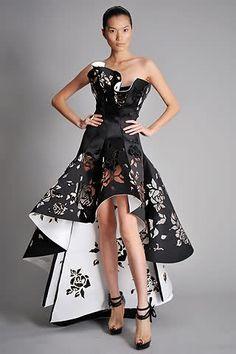 Paper dress, Marchesa S/S RTW