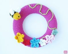 crochet spring wreat