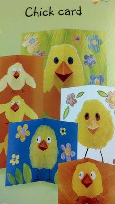 Idée à reprendre : sur une peinture libre faire une atche de peinture jaune au centre plier et hop un poussin