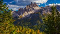 Croda da Lago e Lastoi de Formin mountains, Dolomites, Belluno district, Veneto, Italy, 0a4339707b788946ae06a6667d0b989c