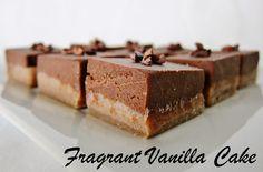 Fragrant Vanilla Cake: Raw Hazelnut Cacao Fudge