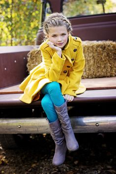 She looks great in that outfit Tween Fashion, Little Girl Fashion, Fashion 101, Cute Fashion, Fashion Clothes, Latest Fashion, Moda Kids, Outfits Niños, School Outfits