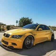 Wide body always welcomed E90 Bmw, Bmw 316i, Carros Bmw, Bmw M Series, Bmw Performance, Bmw Love, Modified Cars, Bmw Cars, Sexy Cars