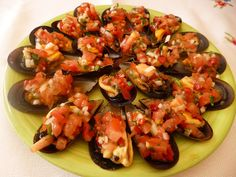 Mejillones con vinagreta Salty Foods, Canapes, Bruschetta, Great Recipes, Shrimp, Seafood, Food And Drink, Fresco, Appetizers