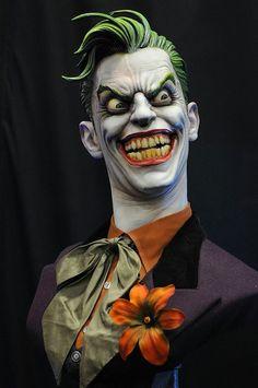 Busto incrível 1:1 The Joker (Coringa) da Sideshow Collectibles | SuperVault