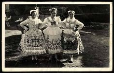 Folk Costume, Costumes, Folk Dance, Old Pictures, Hungary, Lace Skirt, Past, Traditional, Times