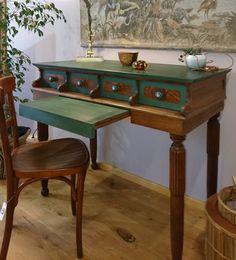 Entryway Tables, Vanity, Furniture, Home Decor, Dressing Tables, Powder Room, Decoration Home, Room Decor, Vanity Set