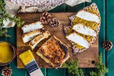 Griljerad halloumi – istället för julskinka! Halloumi, Xmas Food, Vegan Vegetarian, Fig, Nom Nom, Brunch, Cheese, Vegetables, Cooking