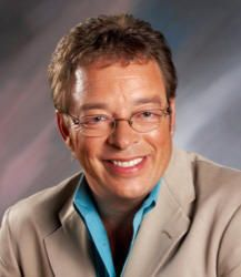 Gaither's accompanist Anthony Burger dies during Bill Gaither Homecoming cruise
