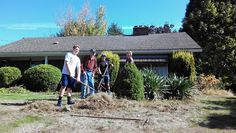 Leo Legends #LeoClub helps WWII veteran with lawn care