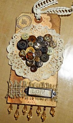 Nancy Burke Fall Tag of 12 tutorial-good way to use up vintage buttons and lace. Atc Cards, Card Tags, Gift Tags, Button Art, Button Crafts, Lace Button, Vintage Tags, Vintage Buttons, Envelope Diy