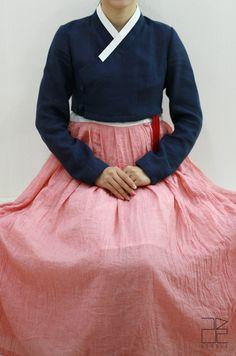 traditional Korean dress hanbok-leesle-12-fashioninkorea