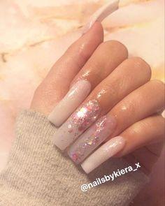 #nails #nailsofinstagram #nailart #acrylicnails #ombrenails #pinknail #nailideas #girlynails #nailinspiration Nailart, Pink Glitter Nails, My Nails, Beauty