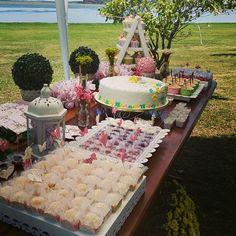 #festa #festas #party #festaemcasa #aoarlivre #floral #flores #flower #jardim #natureza  #festejar #ideias #bolo #cake #doces #rosa #festapersonalizada #scrapfesta #scrap #artesanal #flor #provençal #feitopormim #saladadefrutas #poá #verde #cores #festejando #lucianabluz #homemade #handmade