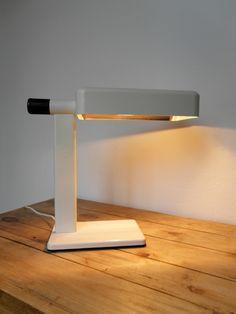 Deda Lamp - Candle / Fontana Arte - Design Giotto Stoppino https://mylampsrestore.wordpress.com/2016/10/30/deda-candle-giotto-stoppino/
