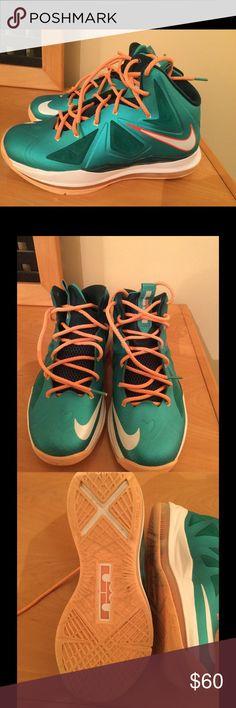 Nike Lebron Zoom green basketball shoes Sz 6,5 Y Nike Lebron Zoom Forged green basketball shoes boys Sz 6,5 Y Nike Shoes Athletic Shoes