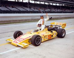 Lloyd Ruby 1974 or 76 Indy Car Racing, Indy Cars, 500 Cars, Vintage Race Car, Vintage Auto, Classic Race Cars, Indianapolis Motor Speedway, American Racing, Speed Racer