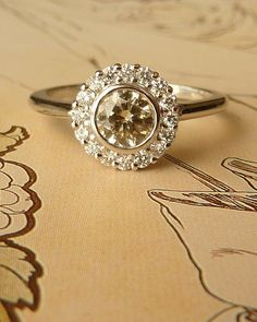 if i were to pick out an new ring... love the vintage feel!
