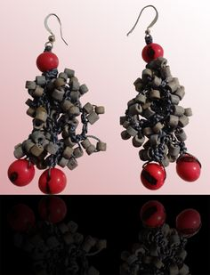 Conyeye Ammandras: Wear these handcrafted earrings by BRizzy with a feminine glamour accented the elegance. Feminine, Glamour, Fruit, Elegant, Earrings, How To Wear, Jewelry, Lady Like, Classy