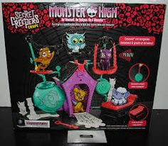 Monster High Pets Secret Creepers Crypt Playset