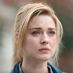 Jessie Anderson (Alexandra Breckenridge)
