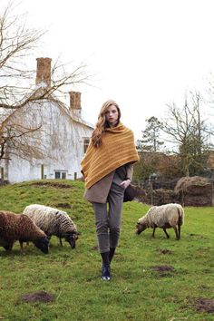 Debbie Bliss knitting patterns, Debbie Bliss Bluefaced Leicester Aran, Lace Stole, from Laughing Hens
